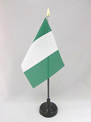 AZ FLAG TISCHFLAGGE Nigeria 15x10cm goldene splitze - NIGERIANISCHE TISCHFAHNE 10 x 15 cm - flaggen