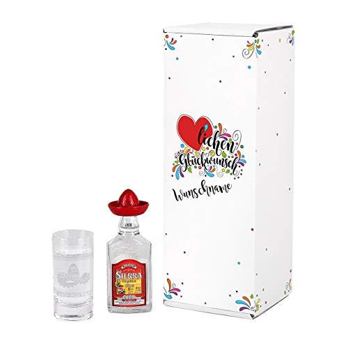 Herz & Heim® Tequila Geschenk Set zum Geburtstag mit graviertem Schnapsglas und Mini Sierra Tequila Silver in Geschenkverpackung