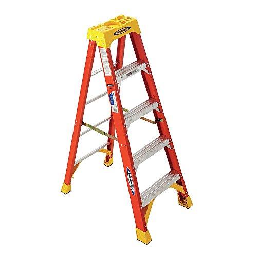 5 ft Fiberglass Step Ladder with 300 lb. Load Capacity
