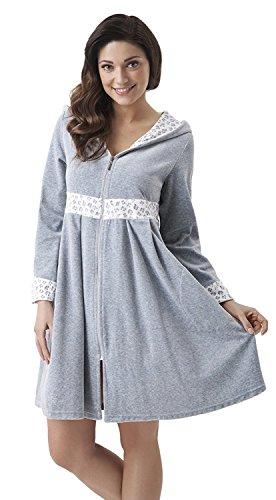 DOROTA Albornoz cómodo y moderno con cremallera y bolsillos. Color gris con estampado animal. XL