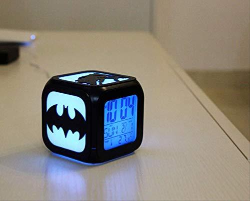 HHIAK666 Batman Kreative 3D Stereosmallal Kleinen Wecker, Led Kleine Nachtlicht Elektronische Uhr, Bettstunde 8,8 cm Schwarze Shell A