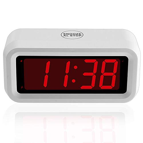 Umi. by Amazon - Digitaler Wecker - 3,05-cm-Digitaldisplay, Snooze, nicht tickend, nur Batteriebetrieb, Weiß