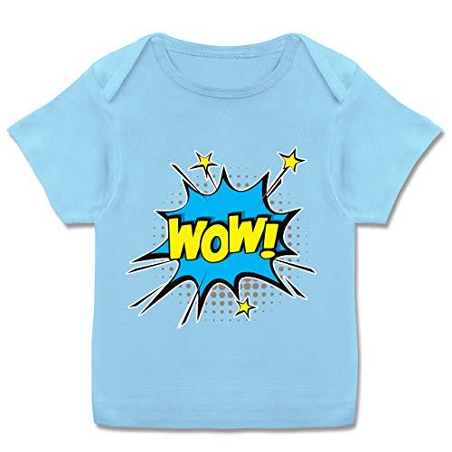 Shirtracer Karneval und Fasching Baby - Popart Karneval Kostüm Wow! - 68-74 - Babyblau E110B - Kurzarm Baby-Shirt für Jungen und Mädchen