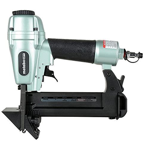 "Metabo HPT Flooring Stapler | 18 Gauge | 1/4"" Crown Staples | 1/2"" to 1-9/16"" Length | Pneumatic | 5 Year Professional Warranty | N4004AB"
