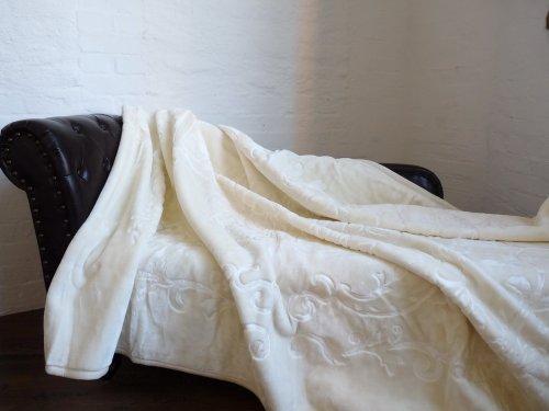 Natur-Fell-Shop Luxus Kuscheldecke Tagesdecke Decke Elfenbein 160x200cm