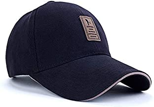 قبعة رياضية بتصميم بسيط بزر كبس خلفي للغلق ولون موحّد مناسبة لرياضة الجولف والبيسبول والاماكن المفتوحة
