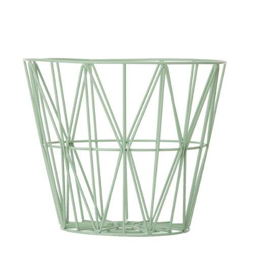 Ferm Living mand bewaarmand Wire Basket - Rose - Large Mint/uit de mand kan met een tafelblad een bijzettafel worden