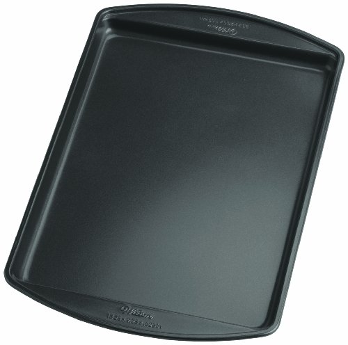 Wilton Perfect Results 13.25 by 9.25-Inch Nonstick Cookie Pan, Small