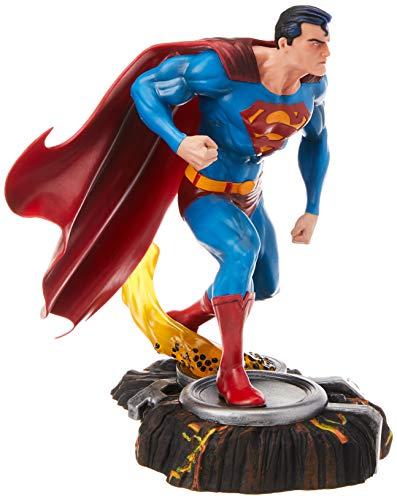 Diamond Select DC Gallery Superman 9 Inch Scale PVC Figura
