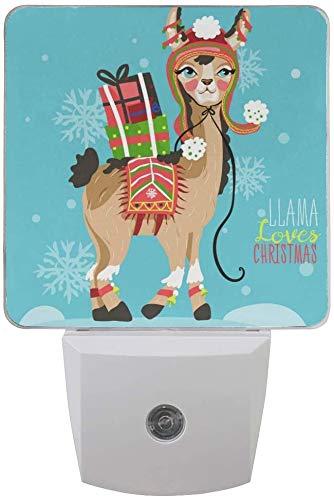 Paquete de 2 lámparas de luz nocturna LED enchufables con estampado de llama de feliz Navidad con sensor de anochecer a amanecer para dormitorio, baño, pasillo, escaleras