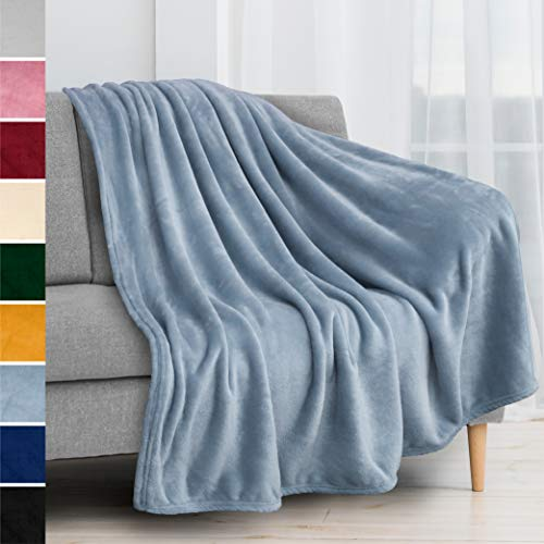 PAVILIA Fleece Blanket Throw | Super Soft Plush Luxury Flannel Throw | Lightweight Microfiber Blanket for Sofa Couch Bed Light Blue 50x60 inches