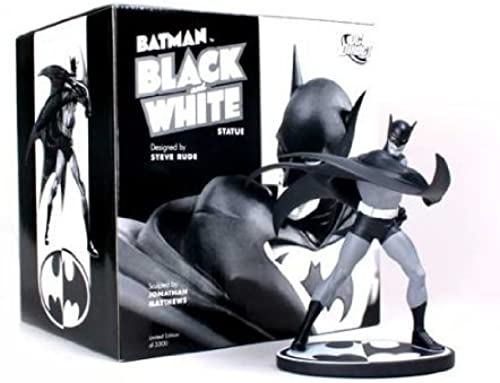 Batman ( Batman )  schwarz u0026 Weiß Statue  Steve Rude figure toy doll ( parallel imports ) by Diamond Comic Distributors
