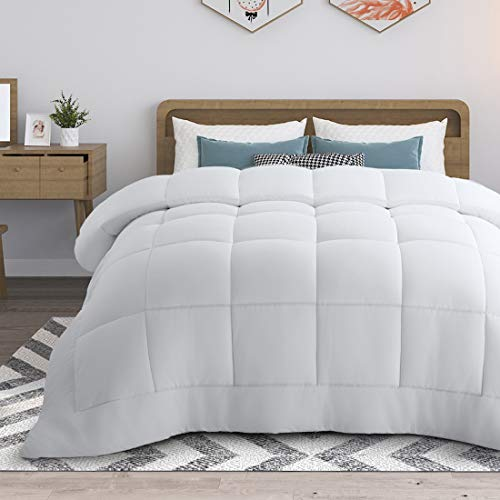 RYONGII All-Season Down Comforter King White Size Reversible Alternative Quilted Hypoallergenic Hotel Plush Microfiber Fill Insert Angle Label Warm Fluffy Machine Washable 90 x 102 Inches