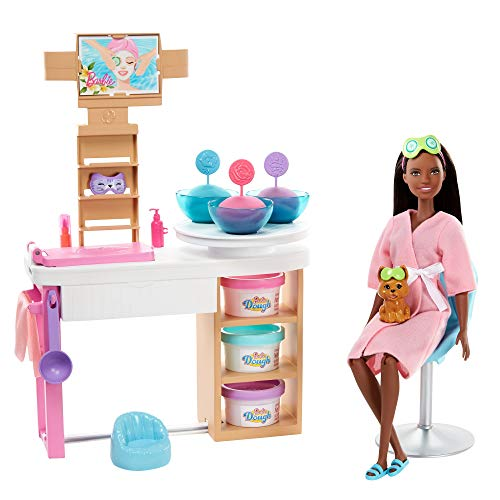 Barbie Face Mask Spa Day Playset with Brunette Barbie Doll, Puppy, 3 Tubs of Barbie Dough and 10+ Accessories to Create and Remove Face Blemishes on Doll and Puppy, Gift for Kids 3 to 7 Years Old