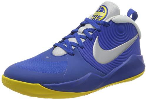 Nike Team Hustle D 9 (GS), Scarpe da Basket, Game Royal/Mtlc Silver-Photon Dust-Speed Yellow, 38 EU
