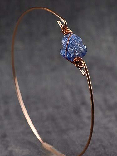 Armreif mit Apatit Blau Edelstein - Rose Vergoldet - Handgefertigt