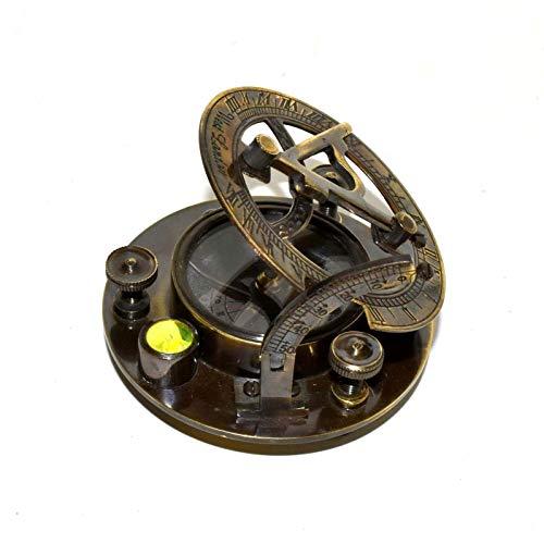 Nautical.Gift.Decor Faszinierende Massive Messing-Sonnenuhr mit integriertem Kompass & Gravierte Vane. Zirkel Messing antik 7,6 cm