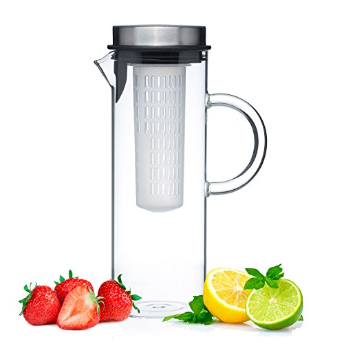 Glass water pitcher including fruit infuser rod
