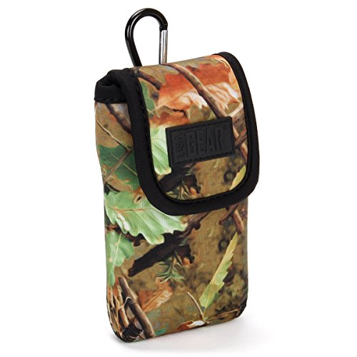 USA GEAR Portable Pocket Radio Case for C. Crane CC Pocket, Sangean DT-400W /DT-180, Philips AE1500, Kaito KA200, Sony ICF-S10MK2 and More - with Carabiner Carrying Clip, Belt Loop - Camo Woods