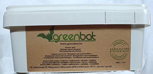 GREENBAT 3 kg Pulver NPK 7-6-3 Biologischer Dünger basierend auf Bat Guano, Blutmehl, Hörnern von Rinder.