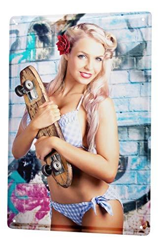 LEotiE SINCE 2004 Blechschild Dekoschild Nostalgie Jorgensen Fotografie Foto Bilder Model Blondine Skateboard Graffiti Bikini 20x30 cm