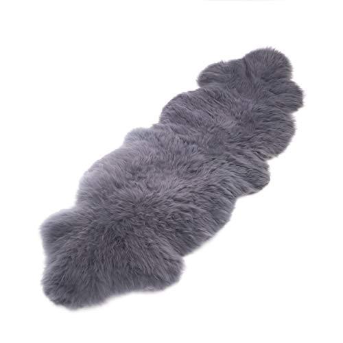 Schafshaut Store 100% natürliches Bio Schaffell. Teppich, Zwei Schaffellkotze - weiche und Flauschige Decke, eine originelle Ergänzung für jeden Raum. (Grau, 210-200cm x 55-65cm)