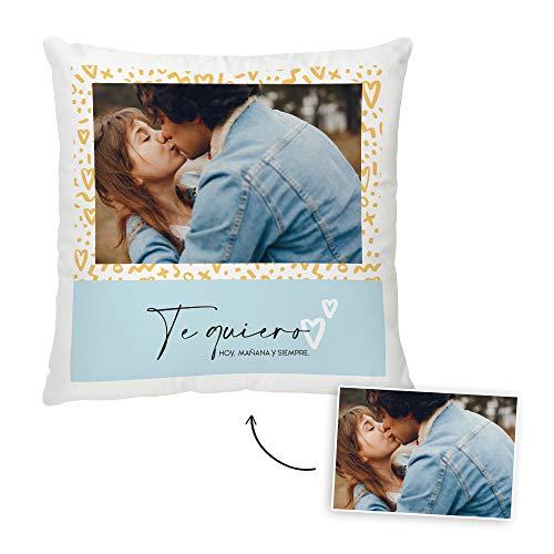 Fotoprix Cojín Enamorados Personalizado con Foto y Texto | Regalo Parejas y Novios | Día de San Valentín (Te Quiero, 35 x 35 cms)