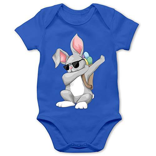 Shirtracer Ostern Baby - Dabbing Osterhase - 3/6 Monate - Royalblau - Ostereier - BZ10 - Baby Body Kurzarm für Jungen und Mädchen