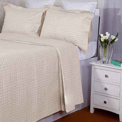 Infinite Weaves 2-teiliges Bettwäsche-Set für Doppelbett, Fadenzahl 300, 100 prozent Baumwollsatin, übergroße Tagesdecke mit Kissenbezügen, Gittermuster, luxuriös & leicht, 2-teilig (Doppelbett, Beige)