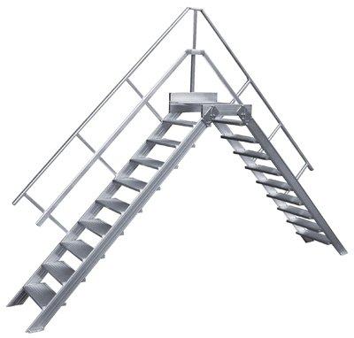 Hymer superó hospitalizadoy, inclinación 45 grado, anchura de la huella 1000 mm, la profundidad del dibujo 250 mm, longitud podio 350 mm, 11 por escaleras, altura libre 2,18 M, Peso 103 kg