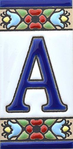 Letreros con numeros y letras en azulejo de ceramica, pintados a mano
