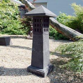Figura de piedra Jakumoto – Farol japonés para el jardín