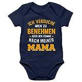 Shirtracer Sprüche Baby - Ich versuche Mich zu benehmen Aber ich komme nach meiner Mama orange - 6/12 Monate - Navy Blau - Baby Strampler Mama - BZ10 - Baby Body Kurzarm für Jungen und Mädchen