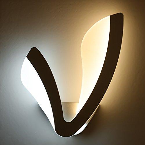 LED Applique Mur Spotlight Moderne V Forme Design Mur Lampe de Chevet Creative Métal Acrylique Intérieur Éclairage Décoratif Éclairage Murale Chambre Cuisine Balcon Hallway Lumière Chaude 22 W