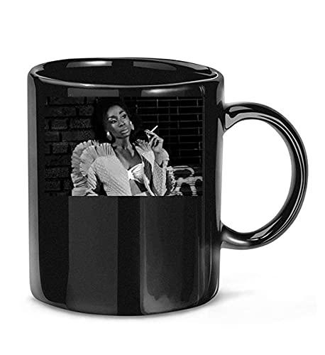 N\A Enfermera Rita (Angelica Ross) en American Horror Story 1984 Temporada 9 Película 13 Taza de café para Mujeres y Hombres Tazas de té