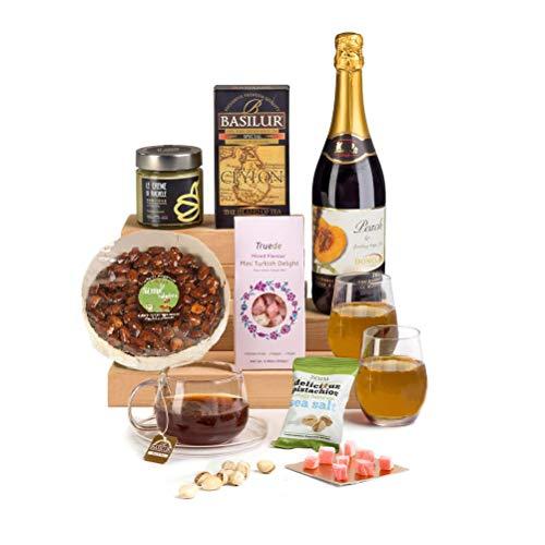 Hay Hampers Rose, Pistachio & Nuts - Halal Hamper Gift