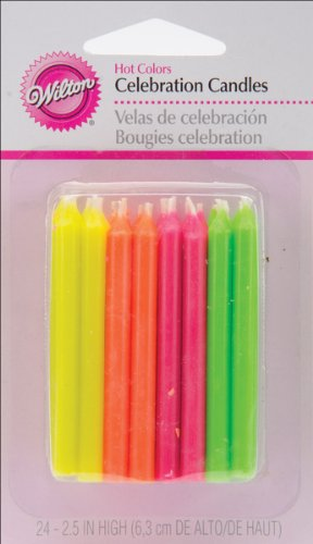 Wilton Velas de cumpleaños, 2.5 pulgadas, colores calientes, paquete de 24