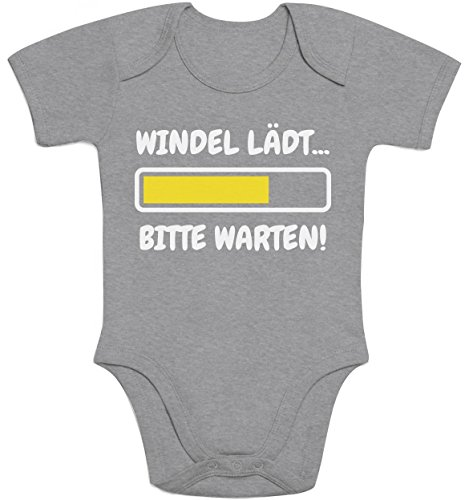 Shirtgeil Windel Lädt, Bitte Warten! - Lustige Babykleidung Baby Kurzarm Body 3-6 Monate Grau