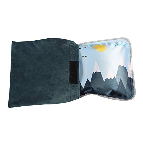 Ardes ARAM076 Scaldino Sole Mio Soft A Forma di Cuscinotto con Custodia in Morbido Pile Blue, Caldo per 6 Ore, Blu Fantasia Azzurra con Montagne