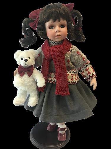 rf collection Porzellan-Puppe, Strickpullover & Teddy, 46 cm, Holzständer