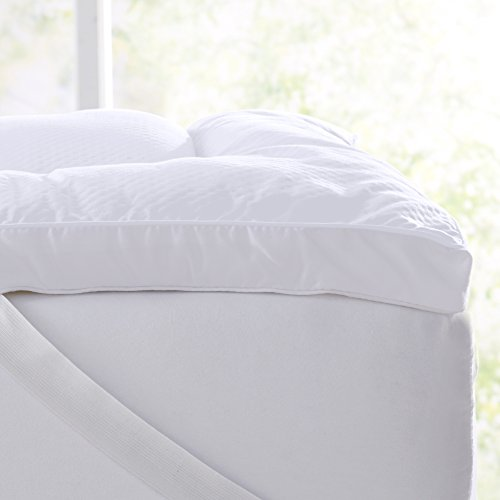 "Extra Thick Hypoallergenic Mattress Pad. Breathable Down Alternative Featherbed. 2-Inch Thick Mattress Topper. Fits Mattresses up to 18"" Deep (Queen)"