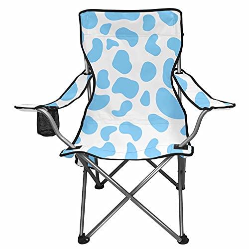 NETILGEN Silla de playa en estampado de vaca azul, con bolsa de almacenamiento para teléfono, bebidas, reposabrazos, sillas plegables para actividades al aire libre con bolsa de transporte