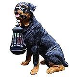 庭の犬の像、ソーラーライト付きの屋外装飾品、LEDソーラーランタン付きの樹脂ロットワイラー像、犬の愛好家のためのロットワイラーギフト
