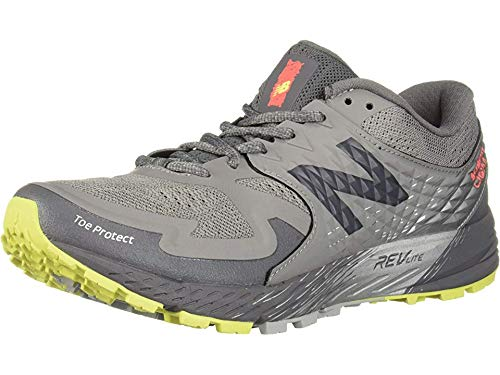 New Balance Women's Summit K.O.M. V1 Running Shoe, Grey, 9 D US