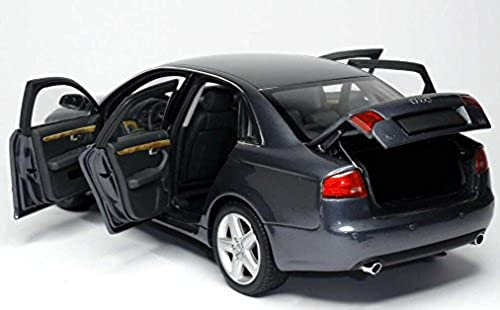 MINICHAMPS 100014400 Audi A4 2005 grau metallic