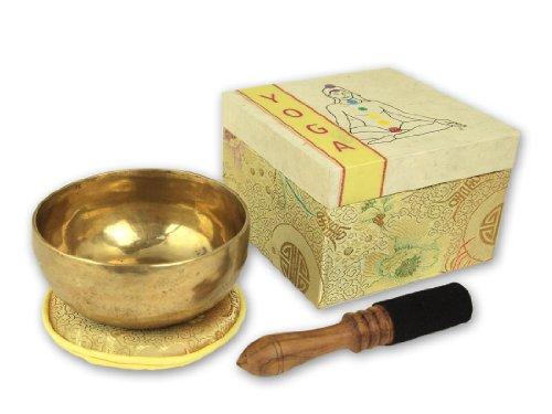 Geschenkset Yoga Klangschale mit Zubehör in Geschenkbox mit Chakrensymbol, inklusiv cremefarbener Unterlage sowie Holz.-/Lederklöppel -5069-L-, Klangschalen-Set, Handarbeit aus Nepal