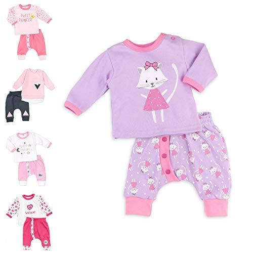 Baby Sweets 2er Baby-Set mit Hose & Shirt für Mädchen/Baby-Erstausstattung in Flieder mit Katzen-Motiv/Baby-Kleidung aus Baumwolle für Neugeborene & Kleinkinder/Größe: 9 Monate (74)