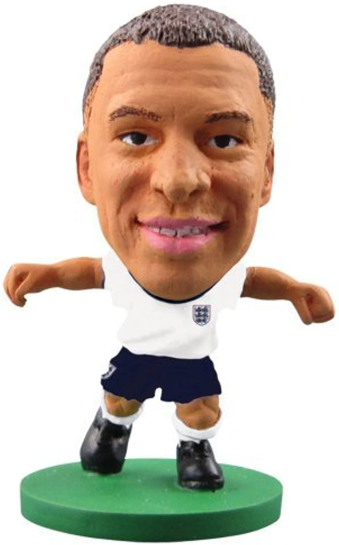 SoccerStarz England International Figurine Blister Pack Featuring Alex Oxlade Chamberlain in England's Home Kit by SoccerStarz
