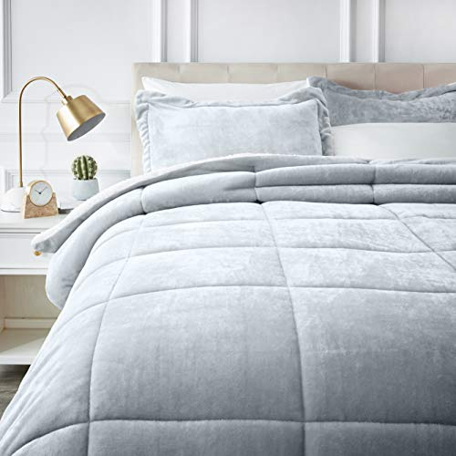 AmazonBasics Ultra-Soft Micromink Sherpa Comforter Bed Set - Full or Queen, Grey