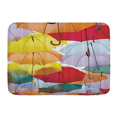 ZOMOY Badematte,Bunte Regenschirme Flying Protection Festival Symbol Straßendekoration von Madrid Spanien Reisender,rutschfest Waschbar Badezimmer Teppich Weiche Hochflor Badvorleger aus